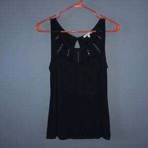 Black sleeveless shirt